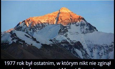 W którym roku po raz ostatni nikt nie zginął wchodząc na Mount Everest?