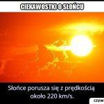 Z jaką prędkością porusza się Słońce?